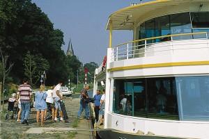 Rondvaarten op de Maas met De Veerman van Rederikj Het Veerhuis